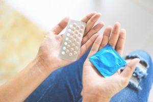 Cum-aleg-metoda-de-contraceptie-potrivita