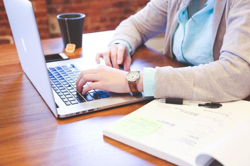 Ce sunt si cum va pot ajuta afacerea advertorialele seo?